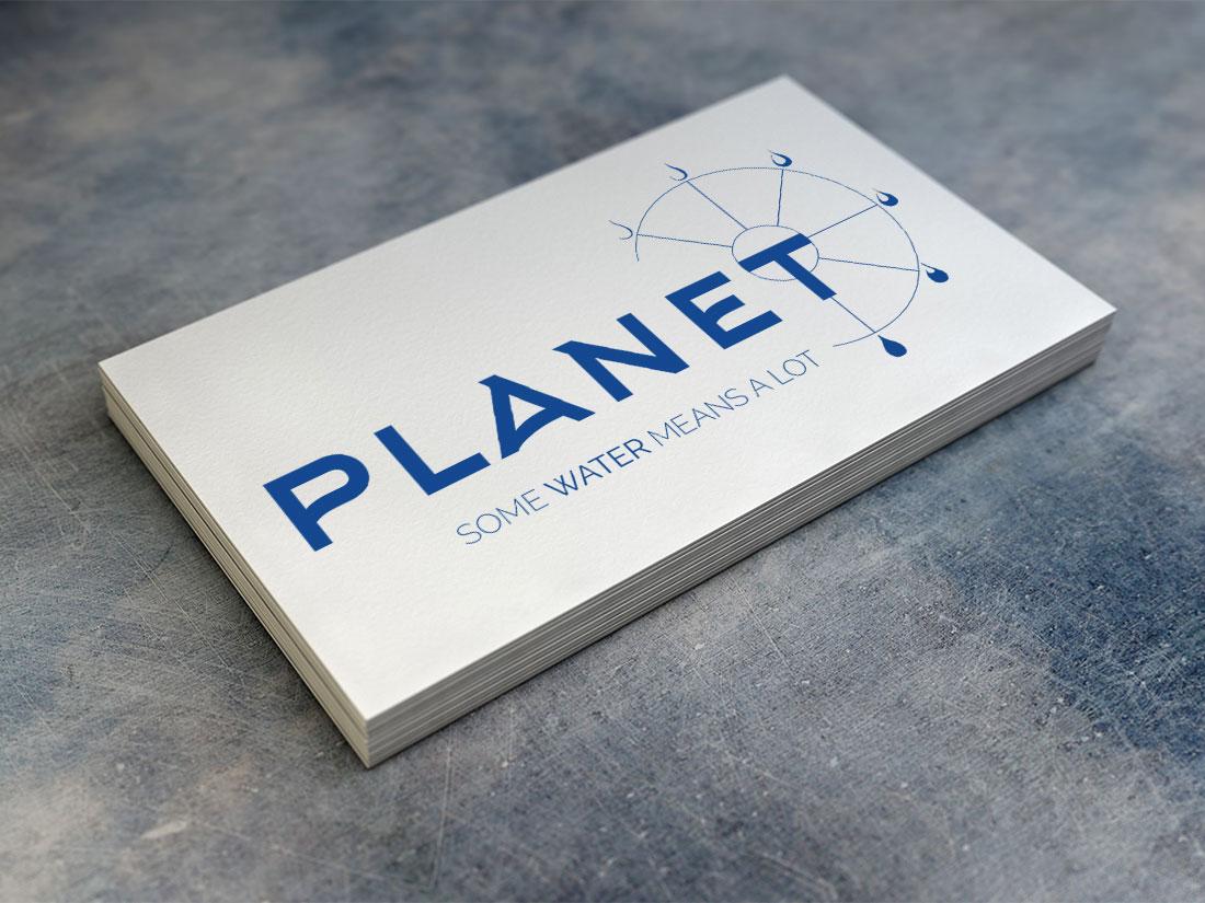 Tarjeta con logo de Planet